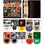 Visión del contenido de la caja The Classic Punk & Oi! Singles Box