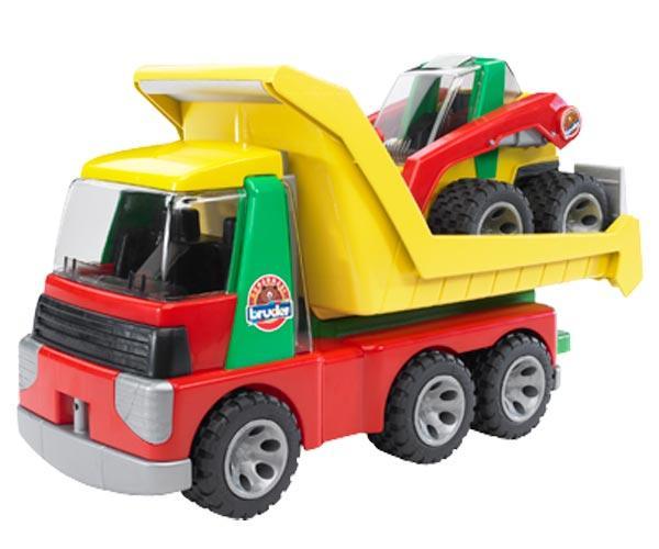 camion con minicargadora