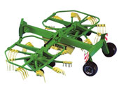Rastrillo hilerador de juguete KRONE Swadro 761