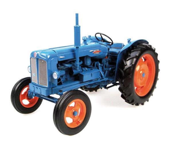 Replica tractor FORDSON Power Major UH2640 Universal Hobbies
