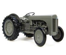 Replica tractor FERGUSON TEA20 - Ítem1