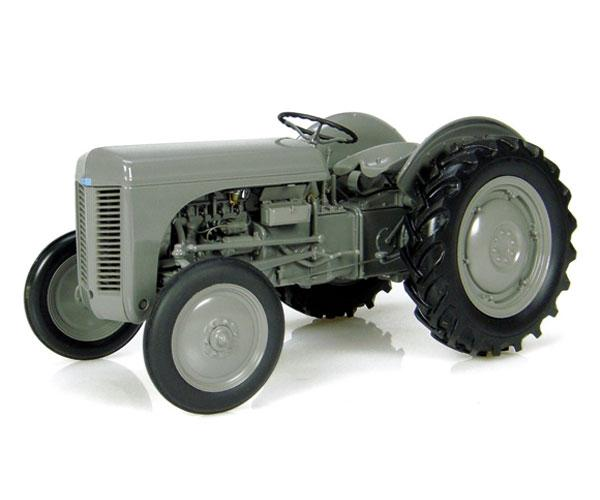 Replica tractor FERGUSON TEA20