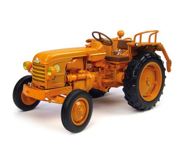 Replica tractor RENAULT D22 (1956 ) Universal Hobbies UH4258