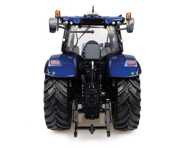 Réplica tractor NEW HOLLAND T7.225 Blue Power Universal Hobbies UH4976 - Ítem1