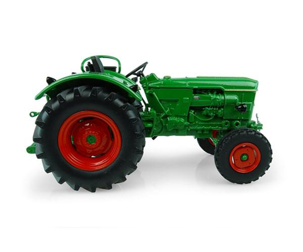 UNIVERSAL HOBBIES 1:32 Tractor DEUTZ D6005 -2 WD - Ítem2