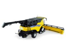 UNIVERSAL HOBBIES 1:32 Cosechadora NEW HOLLAND CR10.90 Revelation - Ítem1