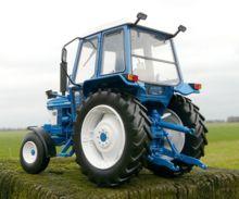 Replica tractor FORD 6610 Gen1, 2WD - Ítem1
