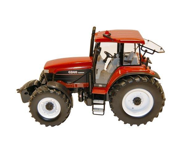 Replica tractor FIAT G240