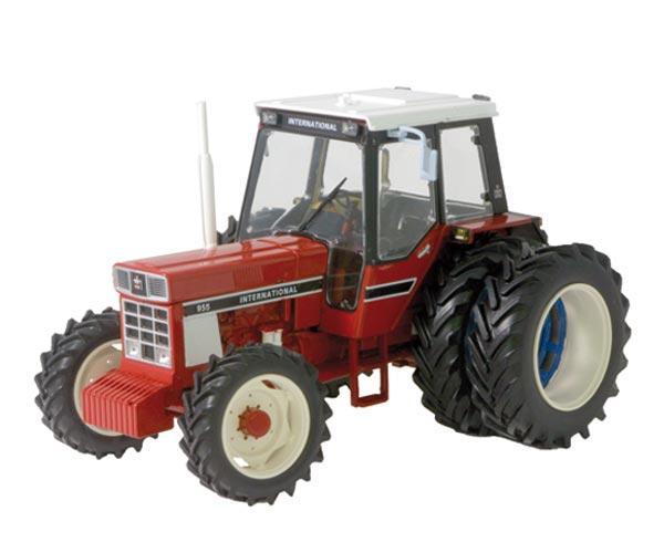Replica tractor INTERNATIONAL 955