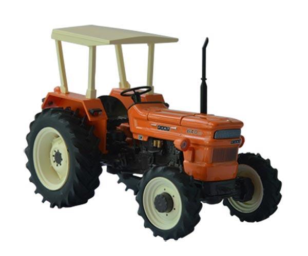 Replica tractor FIAT 640 DT