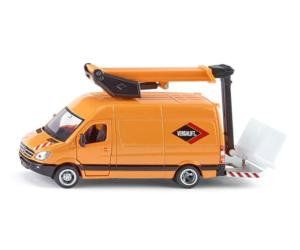 Miniatura furgoneta MERCEDES BENZ con plataforma elevadora