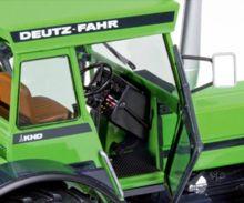 Replica tractor DEUTZ-FAHR 8.30 - Ítem4