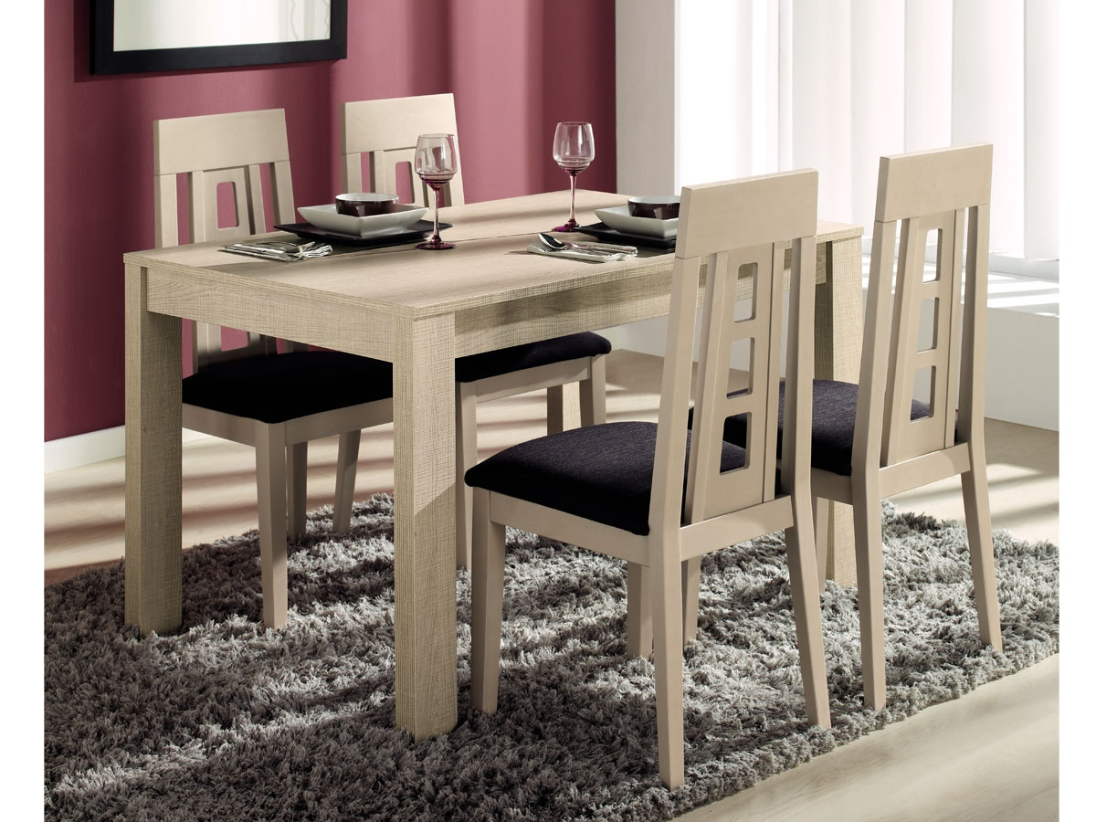 Comedor con mesa y sillas de dise o modelo extensible con for Sillas comedor polipiel beige