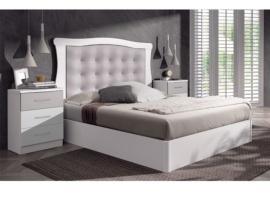 Dormitorio romántico en blanco