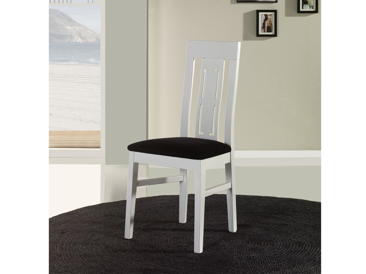Silla elegante tapizada para sal n respaldo de franja for Sillas comedor polipiel beige