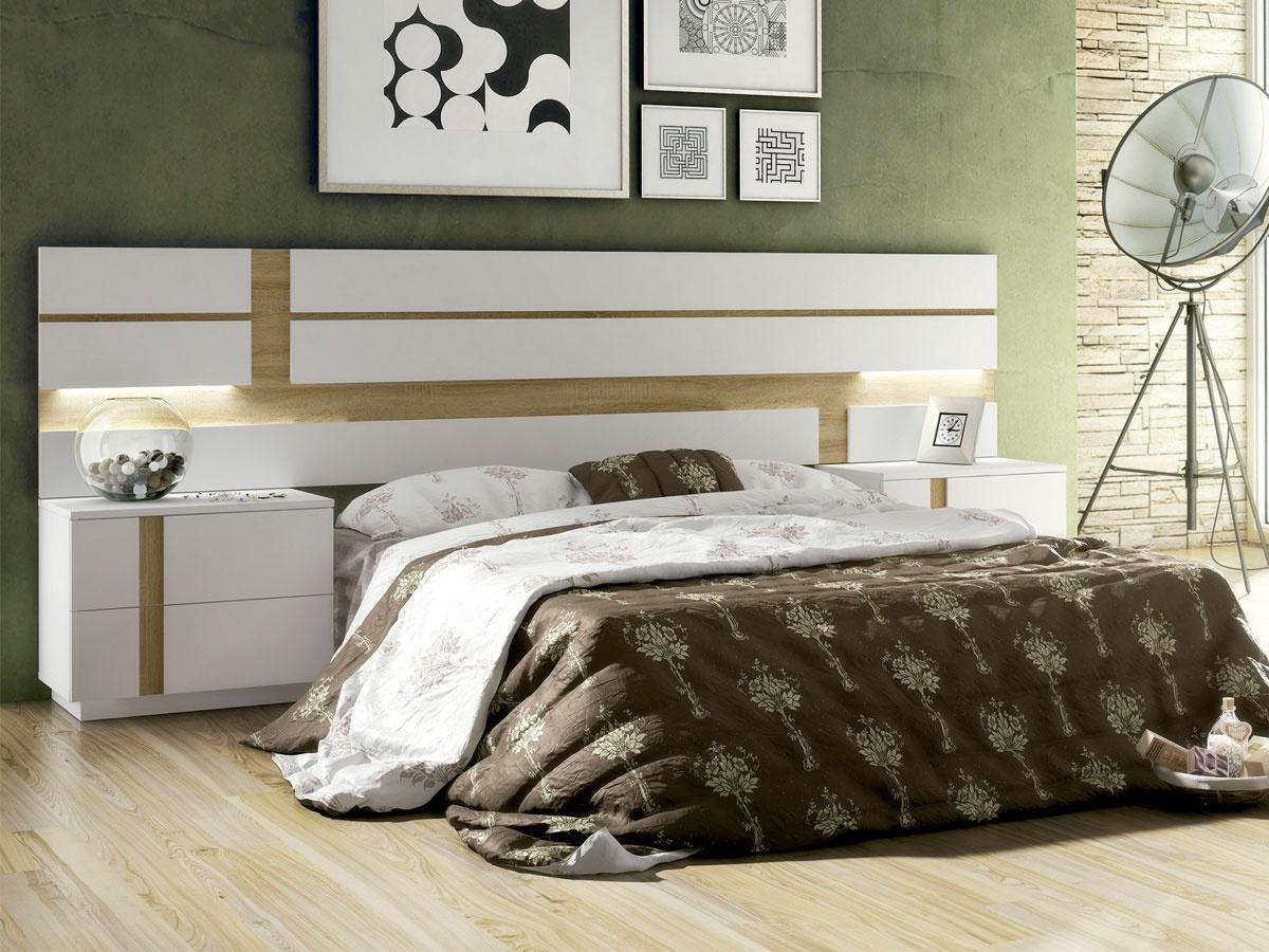 Mueble de dormitorio con cabecero rayas para pareja con 2 mesitas