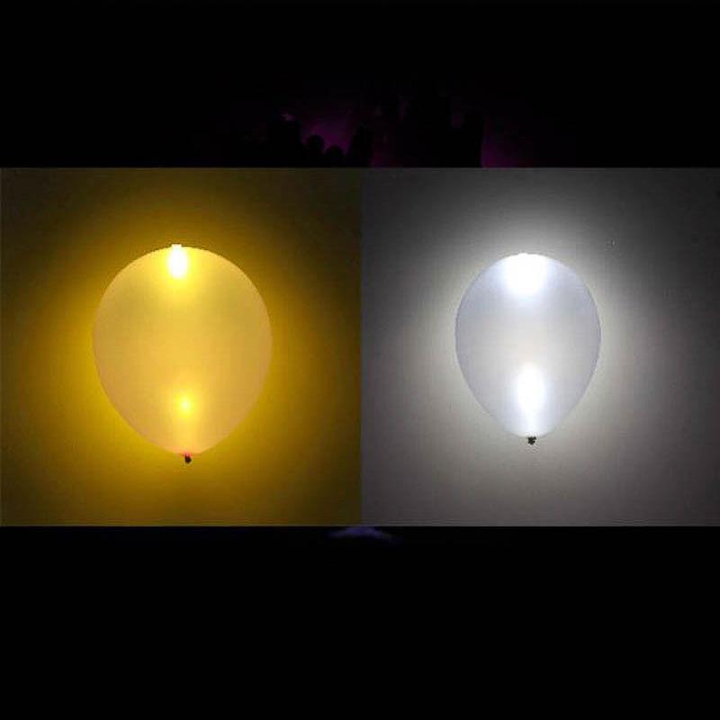 Globos de Látex Luz Led de color plateado y dorado. Pack 5 unidades
