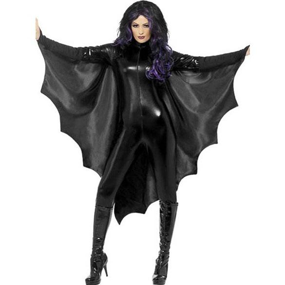 Capa murciélago con alas