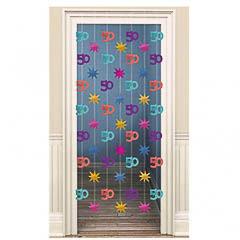 Decoración cortina puerta 50 años