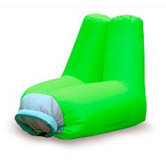 Sillón de playa o piscina inflable verde