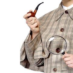 Set detective Sherlock Holmes