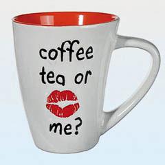Taza bicolor Coffe, tea or me? blanca y naranja