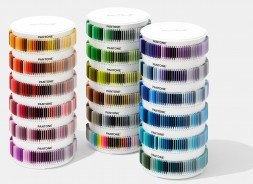PANTONE PLUS PLASTIC STD CHIPS COLLECTION PSC-PS1755