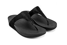 Sandalia de dedo en piel suave color negro. Planta y piso de goma.