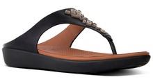 Sandalia de dedo con cristales en la pala. Color negro. Altura total 3 cm. Piso de goma.