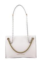 Bolso semirígido en piel de color blanco. Asa de cadena metálica corta y larga en plateado y dorad.