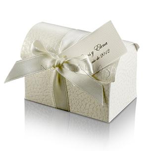 Cajita Baúl. Detalles de boda, obsequios invitados. Cajitas presentaciones envoltorios regalos.