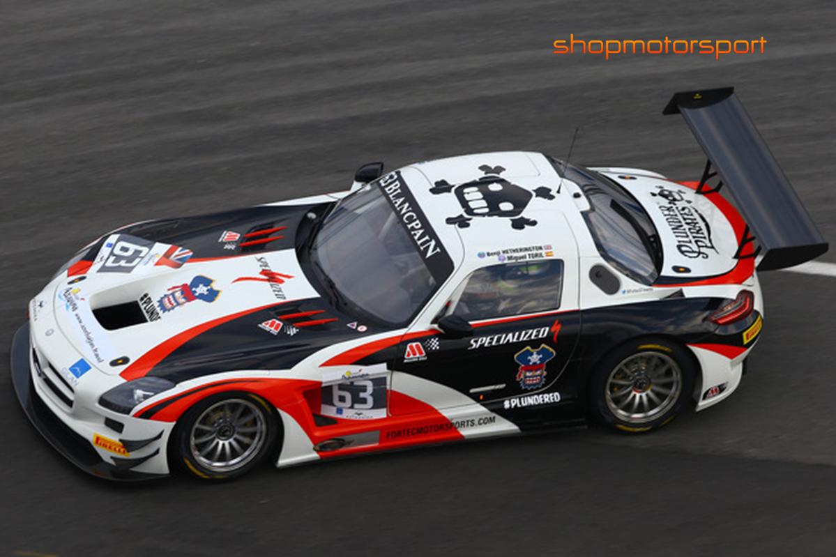MERCEDES BENZ SLS AMG GT3 / SCALEXTRIC A10202S300 / MIGUEL TORIL-BENJAMIN HETHERINGTON