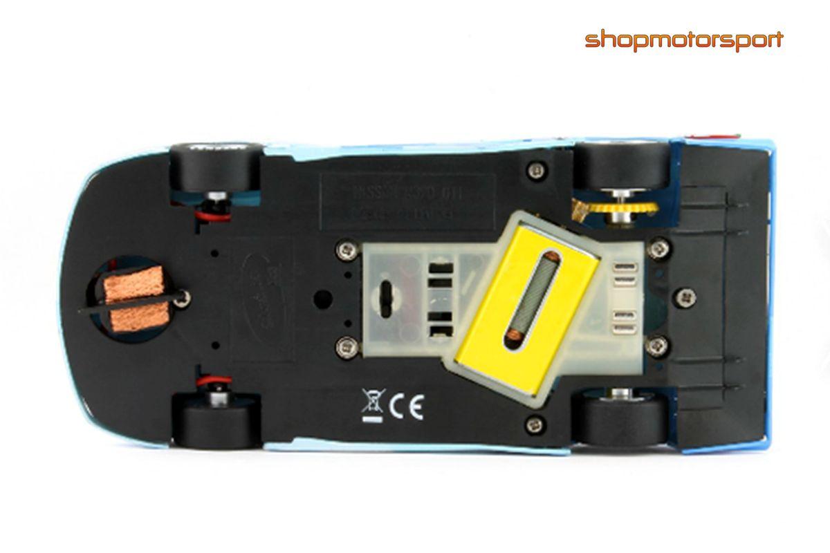 NISSAN R390 GT1 / SLOT IT CA14E / ERIK COMAS-ANDREA MONTERMINI-JAN LAMMERS