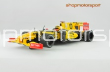 RENAULT F1 2010 / SCALEXTRIC A10024S300 / ROBERT KUBICA // OUT OF STOCK