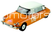CITROEN DS19 / SCALEXTRIC A10025S300 // OUT OF STOCK
