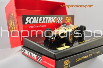 FERRARI 156 SHARKNOSE F1 SCALEXTRIC A10106S300