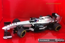 McLAREN MERCEDES F1 MP4-29 / SCALEXTRIC A10138X300 / JENSON BUTTON