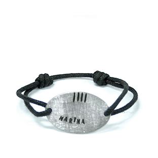 artdelaterra - Braçalet de plata amb el nom i quatre barres