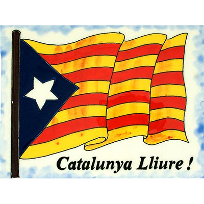 Rajola amb estelada i Catalunya Lliure