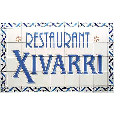 Rètol de ceràmica amb 'Restaurant Xivarri'