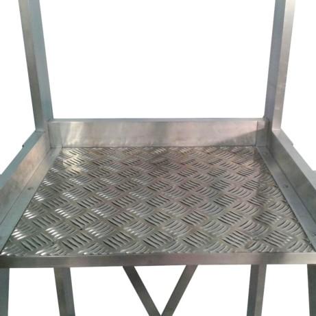 Escalera aluminio con plataforma 60º 2x1