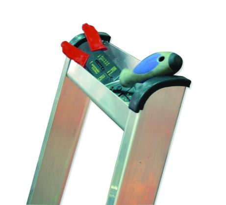 Escalera aluminio con arco de seguridad 3x1