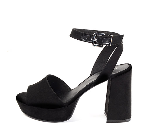 Ref. 3303 Sandalia antelina negro con pulsera en el tobillo. Altura tacón 10.5 cm y plataforma de 3 cm.