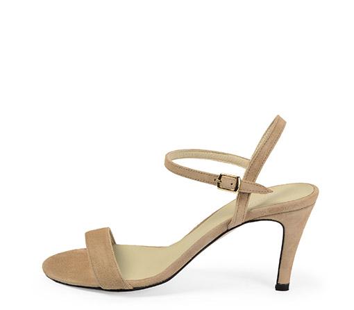 Ref. 3368 Sandalia ante beige con pulsera en el tobillo y tacón de aguja de 8.5 cm.