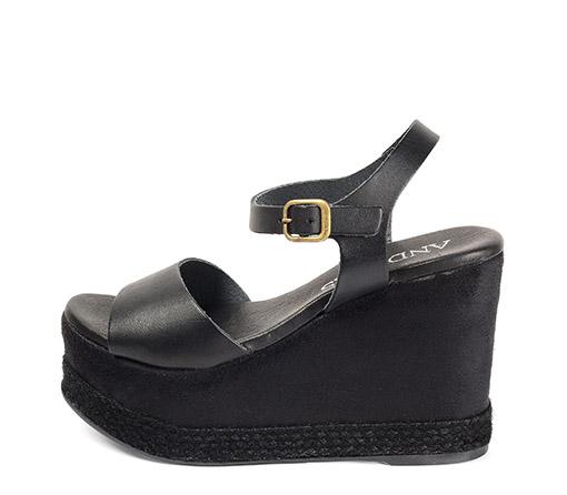 Ref. 3460 Sandalia piel megro con pulsera al tobillo. Plataforma en antelina negro y detalle esparto negro. Tacón de 11 cm y plataforma de 5.5 cm.