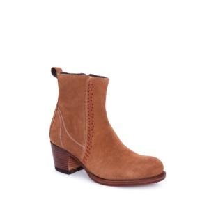 Compra en Noel Western Boots estos Botines Sendra moda para mujer en serraje marrón con decoraciones en cuero modelo 13790 con envíos gratis a la península clave 52412