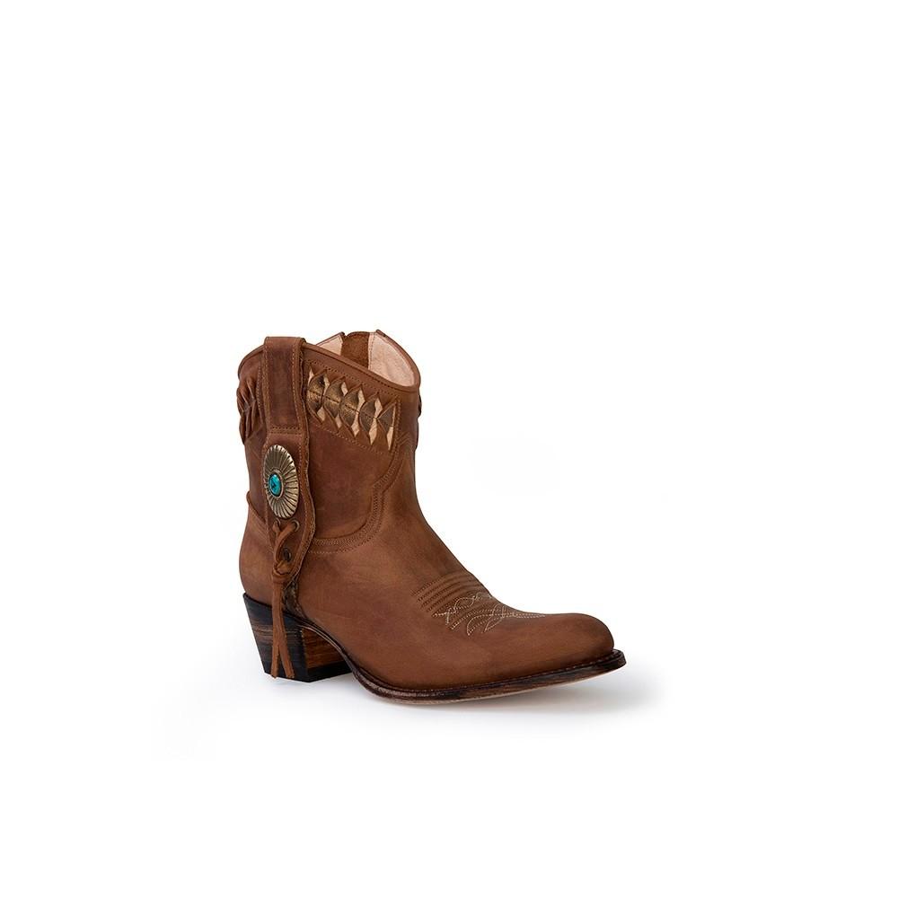 Compra en Noel Western Boots estos Botines Sendra Western para mujer de cuero camel modelo 13387 con envíos gratis a península clave 53069 -