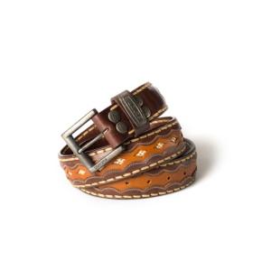 Compra en Noel Western Boots este cinturón Sendra Western de cuero marrón y color cuero modelo 7576 con envíos gratis a la península 55234