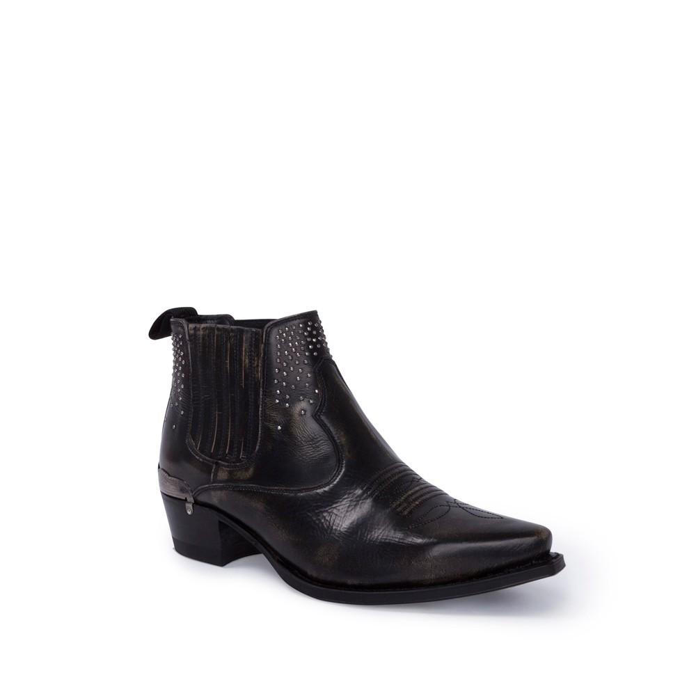 Compra en Noel Western Boots estos botines Sendra Western para mujer de cuero negro con decoraciones metálicas y elásticos y con envíos gratis a la península clave 56604 -