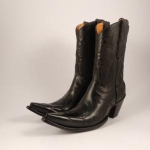 Compra en Noel Western Boots estas botas Mexicana Western para mujer en cuero negro y horma puntiaguda modelo 175-149 con envíos gratis a la península 918